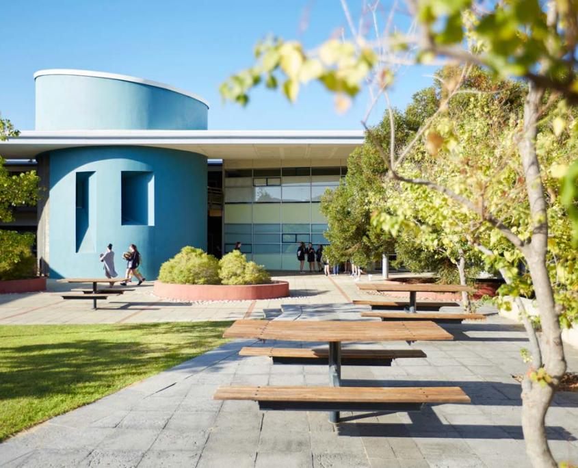 MET Campus